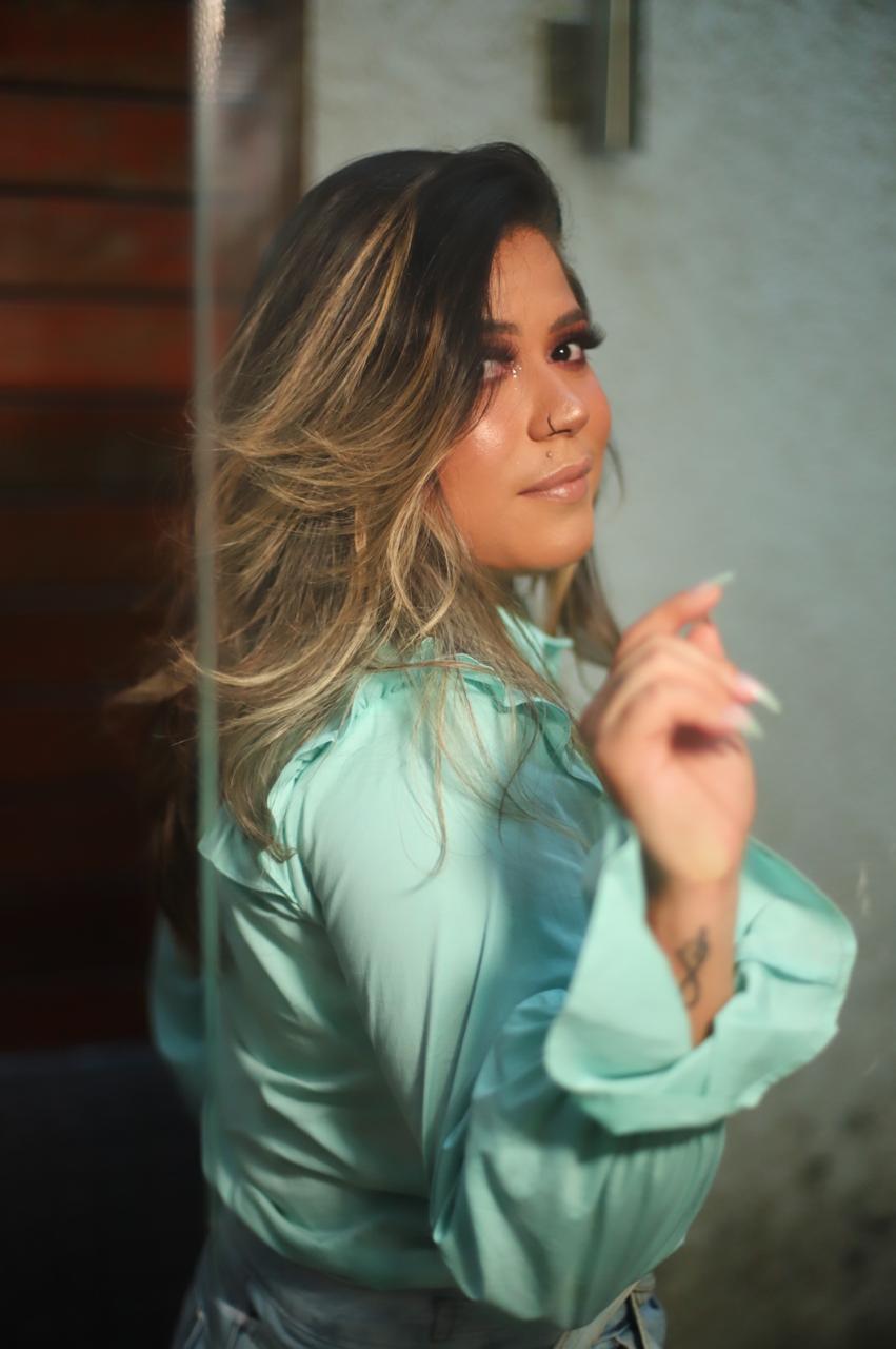 Camila Daiena Nail Designer